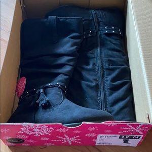 Girls size 12 Arizona boots